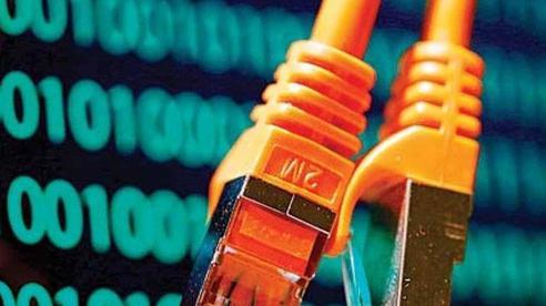 Tiết lộ nguyên nhân internet toàn cầu tê liệt