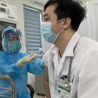 TP Hồ Chí Minh: Nỗ lực tiêm vắc xin ngừa Covid-19 cho toàn bộ người dân