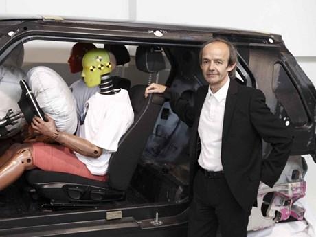 Apple thuê cựu lãnh đạo của BMW hỗ trợ dự án sản xuất xe điện