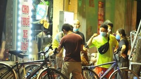 'Cơn sốt' dịch vụ cho thuê xe đạp mùa dịch