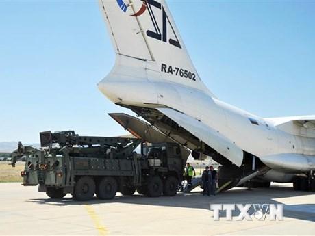Mỹ cảnh báo việc Thổ Nhĩ Kỳ mua tổ hợp tên lửa S-400