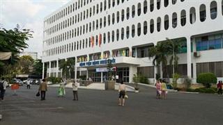 3 nhân viên Bệnh viện Bệnh Nhiệt đới TP.HCM nghi mắc COVID-19