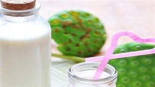 Cách làm sữa hạt sen cốt dừa thơm ngậy