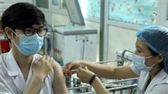 TP Hồ Chí Minh: Tiêm vaccine phòng Covid-19 cho sinh viên tham gia chống dịch