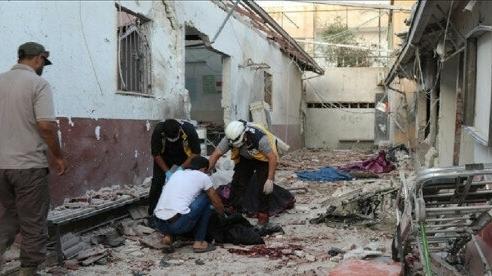 Syria: Địa bàn kiểm soát hứng pháo kích lẫn thương vong lớn, Thổ Nhĩ Kỳ nổi giận 'quăng đòn'