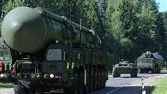 'Nga nắn gân Mỹ trước thượng đỉnh bằng ICBM'