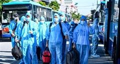 20 xe buýt từ Hà Nội lên tâm dịch Bắc Giang đón công dân