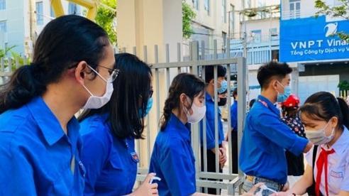 Đà Nẵng: Hơn 200 tình nguyện viên 'tiếp sức' kỳ thi tuyển sinh lớp 10