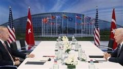 Gặp Biden, ông Erdogan nói không bỏ S-400