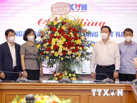 Đoàn Ban Tuyên giáo Trung ương chúc mừng các cơ quan báo chí TW