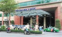 1 nhân viên dương tính, Bệnh viện Đại học Y dược TPHCM ngưng nhận bệnh