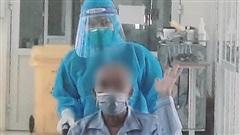 Bệnh nhân COVID-19 nguy kịch do tai biến mạnh máu não, uống rượu nhiều năm đã khỏi bệnh