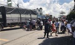 Xe tải tông xe máy, người đàn ông bị cuốn vào gầm tử vong