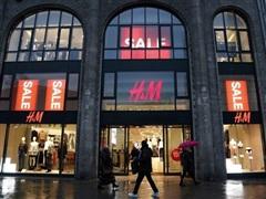 H&M: Doanh số tăng 75% nhờ các chương trình tiêm chủng mở rộng