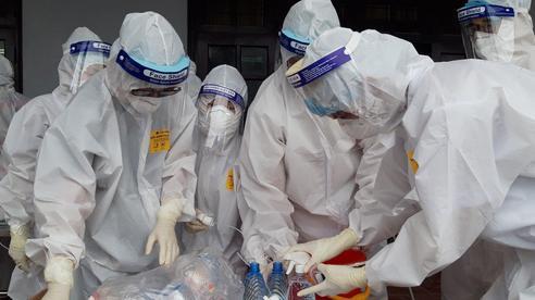 Thủ tướng Chính phủ tặng bằng khen cho nhiều tập thể, cá nhân ngành y có thành tích xuất sắc trong phòng, chống COVID-19 tại Bắc Giang