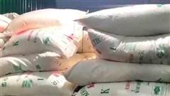 Quảng Trị: Điều tra vụ hàng chục tấn đường nhập lậu trái phép