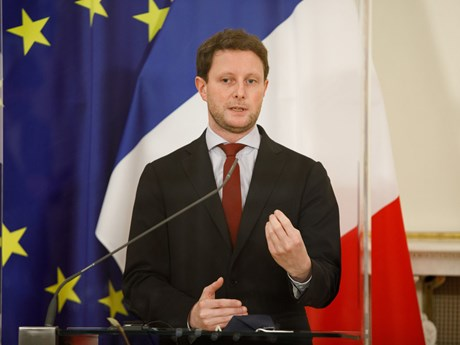 Bộ trưởng Pháp cảnh báo Anh nếu bãi bỏ Nghị định thư Bắc Ireland