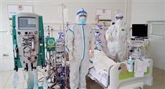 60 bệnh nhân nặng điều trị ở Trung tâm Hồi sức lớn nhất miền Bắc