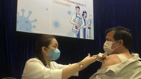 TP Hồ Chí Minh: Người nghèo được tiêm vaccine phòng dịch Covid-19, miễn phí