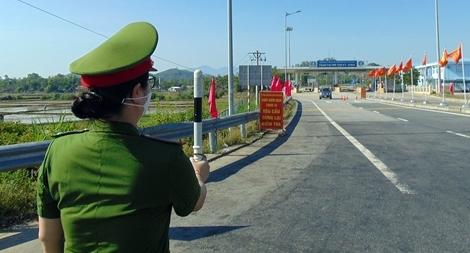 Quảng Nam, Quảng Ngãi kích hoạt hàng loạt chốt kiểm soát dịch COVID-19