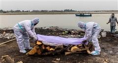 Chuyên gia Ấn Độ cảnh báo về nguồn lây lan COVID-19 nguy hiểm