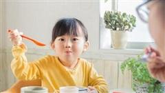 Cần chuẩn bị bữa sáng đủ chất dinh dưỡng cho trẻ