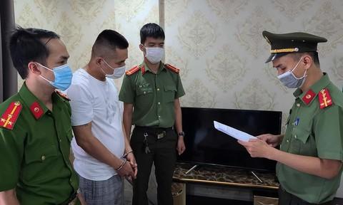 Bắt người Trung Quốc nhập cảnh trái phép nhưng... không chịu xuất cảnh