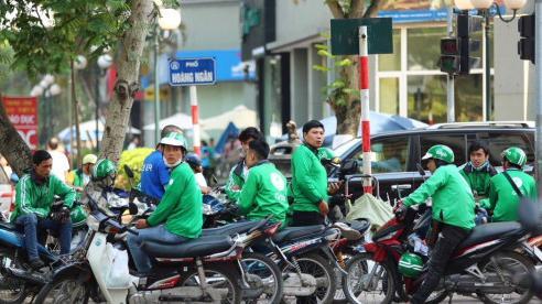 TP Hồ Chí Minh: Ngưng chợ tự phát, dừng toàn bộ xe công nghệ, taxi, buýt
