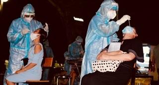 Lấy 50.000 mẫu xét nghiệm giám sát tại Khu chế xuất Tân Thuận, quận 7
