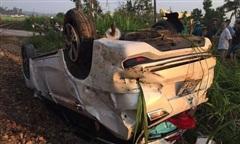 Khởi tố 2 nhân viên đường sắt sau vụ tàu tông văng ôtô làm 3 người thương vong