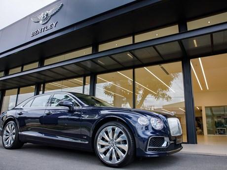 Bentley Flying Spur V8 hoàn toàn mới về Việt Nam, giá từ 18 tỷ đồng