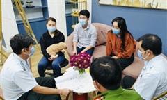 Phạt TMV Phuong Le Brows và quán hải sản vi phạm về phòng chống dịch