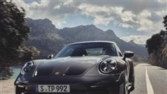 Porsche 911 GT3 Touring 2022 ra mắt có giá khởi điểm 161.100 USD