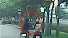 Bắt 'nóng' thanh niên cướp tài sản của 2 cô gái trẻ