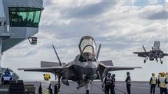 F-35B Mỹ tạo nên lịch sử trên HMS Queen Elizabeth