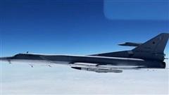 Video Tu-22M3 dùng Kh-32 diệt 'tàu sân bay' giả định gần Hawaii
