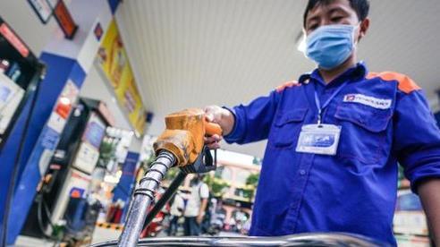 Ngày mai, giá xăng tiếp tục tăng mạnh?