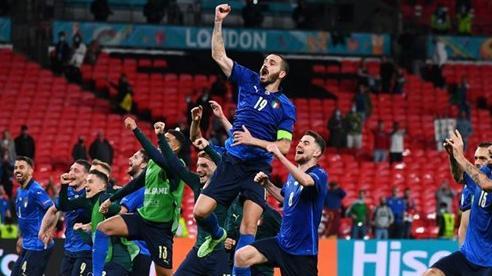 Vượt qua Áo, Italy vào tứ kết EURO