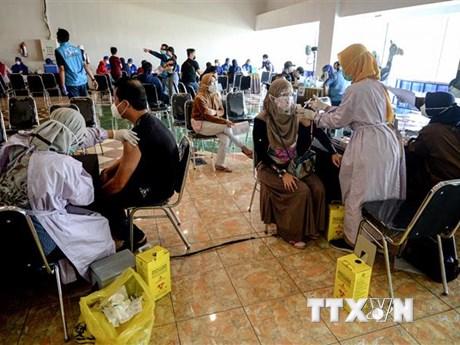 Nhật Bản, Mỹ hỗ trợ vaccine ngừa COVID-19 cho Indonesia, Malaysia