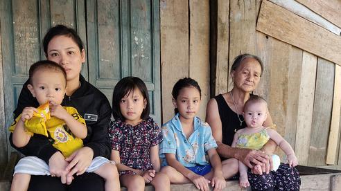 4 đứa nhỏ cầu mong sự sống cho người mẹ mắc bệnh hiểm nghèo