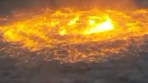 Hàng loạt 'mắt lửa' bùng phát ở Vịnh Mexico