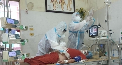 Bệnh viện Đại học Y dược tạm ngưng nhận bệnh nhân vì phát hiện 4 ca COVID-19