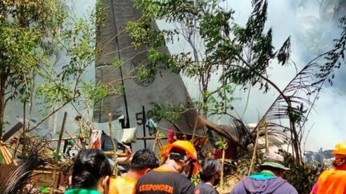 Rơi máy bay ở Philippines: Số người chết tăng lên 31