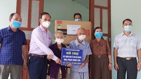 Huyện Vũ Quang (Hà Tĩnh) bàn giao nhà ở kiên cố cho hộ nghèo