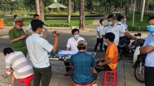 TP Hồ Chí Minh: Nhiều người dân bị phạt 'tiền triệu' do vi phạm giãn cách