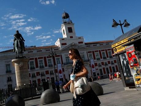 Đức đưa tất cả các vùng của Tây Ban Nha vào 'danh sách đỏ'