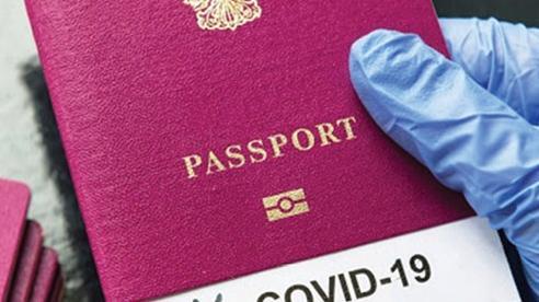 Hộ chiếu vaccine: Phép thử để mở cửa du lịch