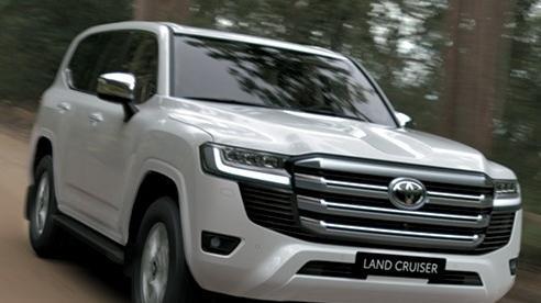 Toyota Land Cruiser 2022 ra mắt Việt Nam, giá khởi điểm 4,06 tỷ