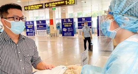 Xét nghiệm COVID-19 cho hành khách và nhân viên hàng không tại Sân bay Tân Sơn Nhất