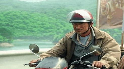 Cha lái xe máy 500.000 km tìm được con trai bị bắt cóc 24 năm